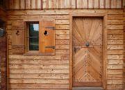 Odolná barva na dřevo pro roubenky, sruby a další dřevostavby - Kreidezeit